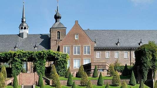 Ein Bild einer Villa der Stadt Kamp-Lintfort.