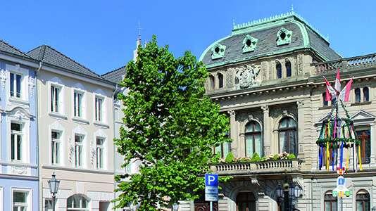 Ein Bild eines historischen Gebäudes der Stadt Rheinberg.