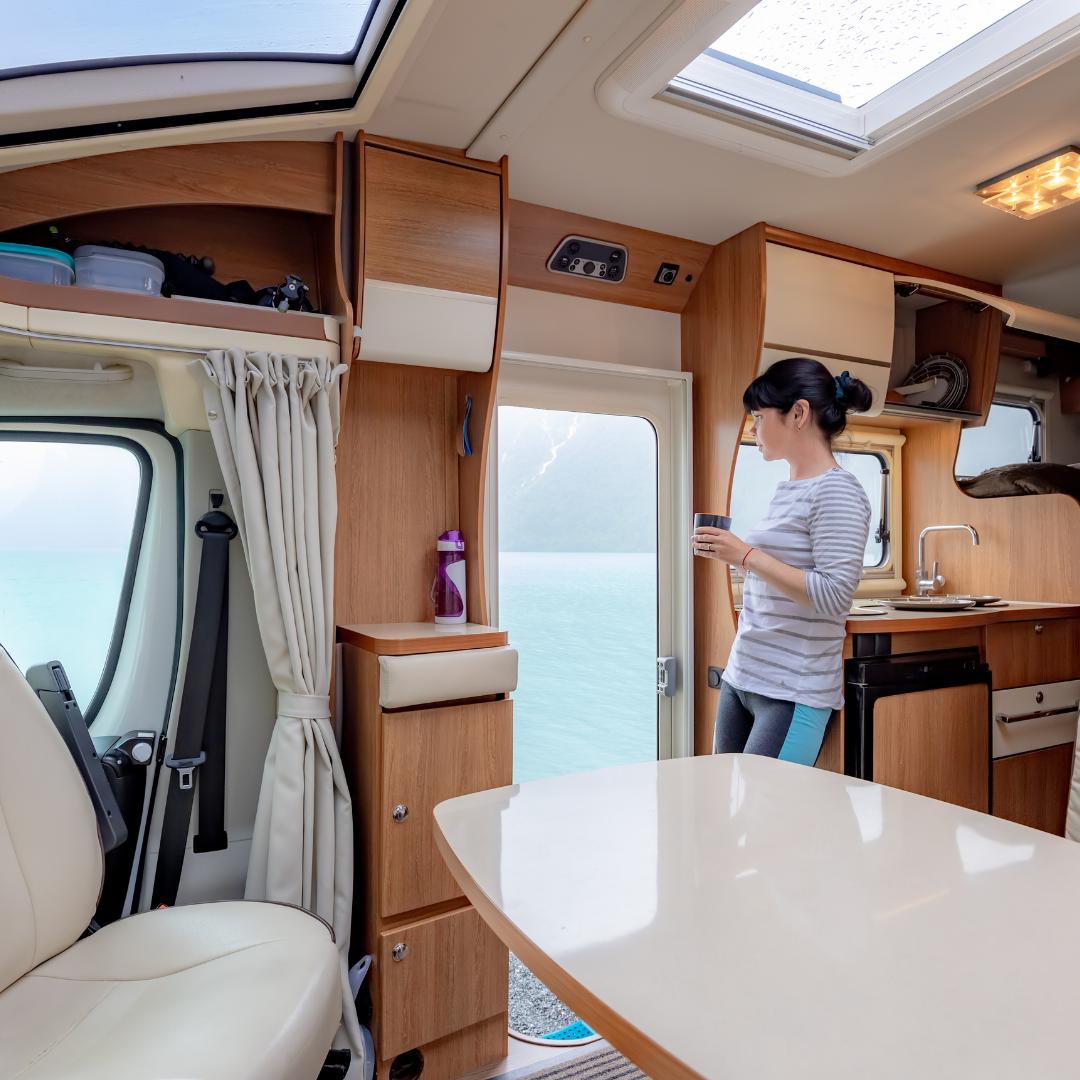 Der erste Urlaub im Wohnmobil - mit unseren Tipps genießen Sie die große Freiheit ganz entspannt. Foto: Canva