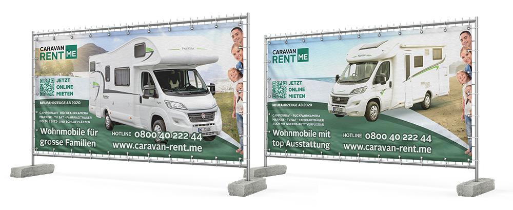 Bild von Bauzäunen mit Werbebannern von Caravan-rent.me