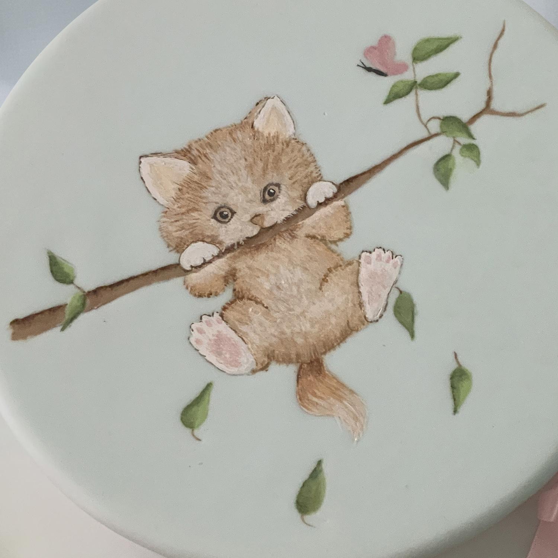 Beginners Cat in Tree