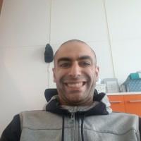 Ali Gharaee