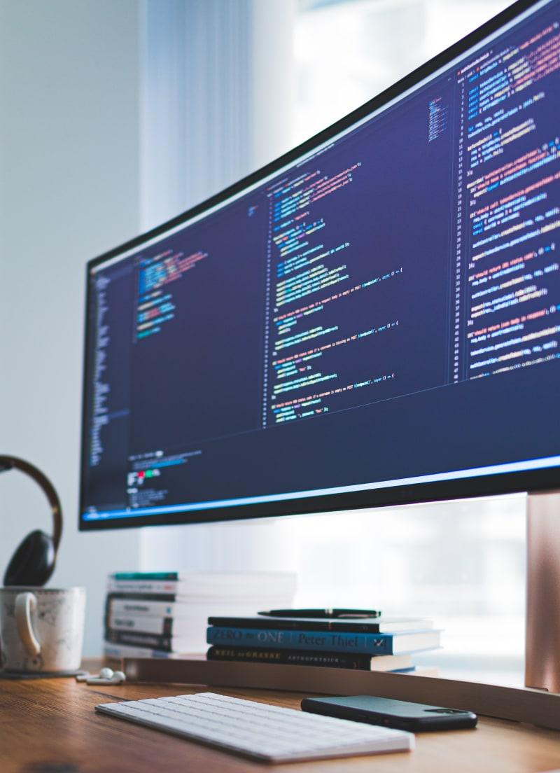 Pantalla donde se muestra una ventana en la que aparece código código