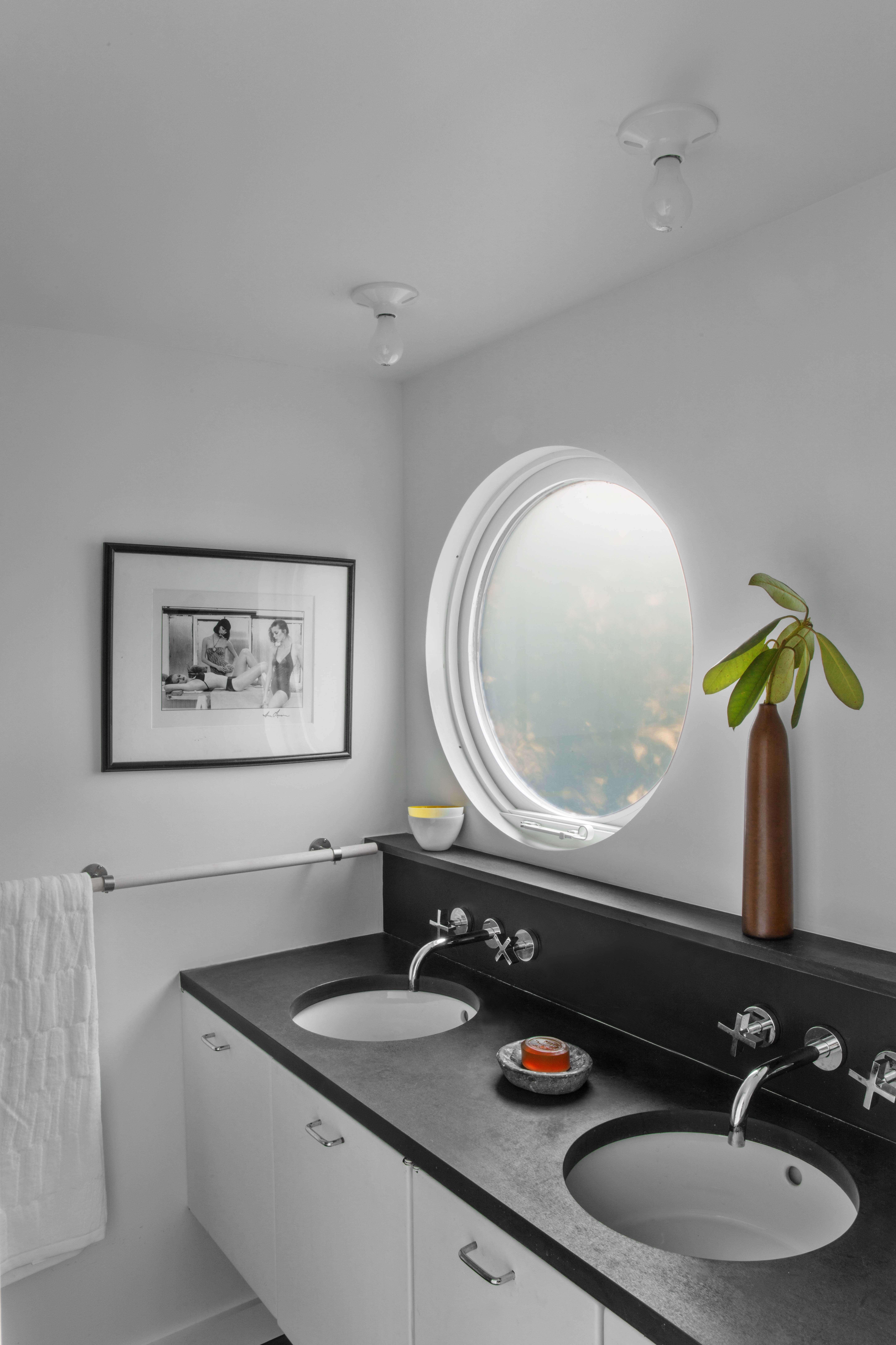 East Hampton House Bathroom 2