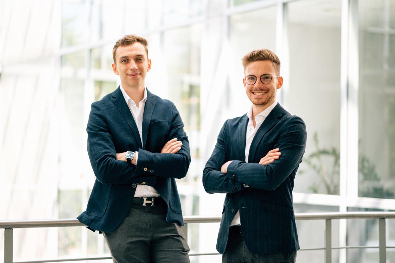 MehrB2BKunden.de Geschäftsführer Sebastian Krog und Alexander Schad