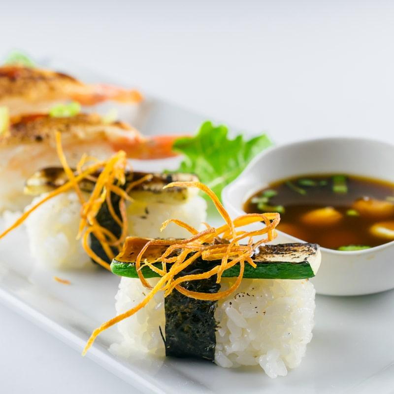Vegan Maki rolls available at MIKHUNA