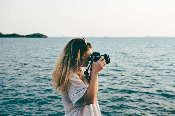 38 Excellent Sites to Download Free Photos for Blogs and Social Media Posts