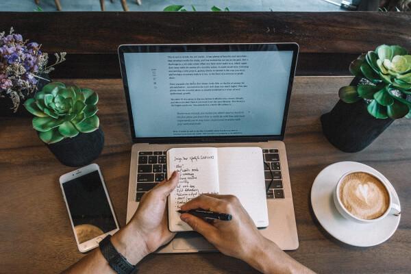 Internet Business Ideas for Aspiring Entrepreneurs to Try in 2021