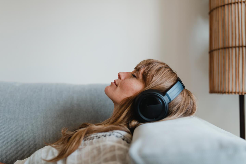 20 Best Noise Canceling Apps for Mobile and Desktop (April 2021)
