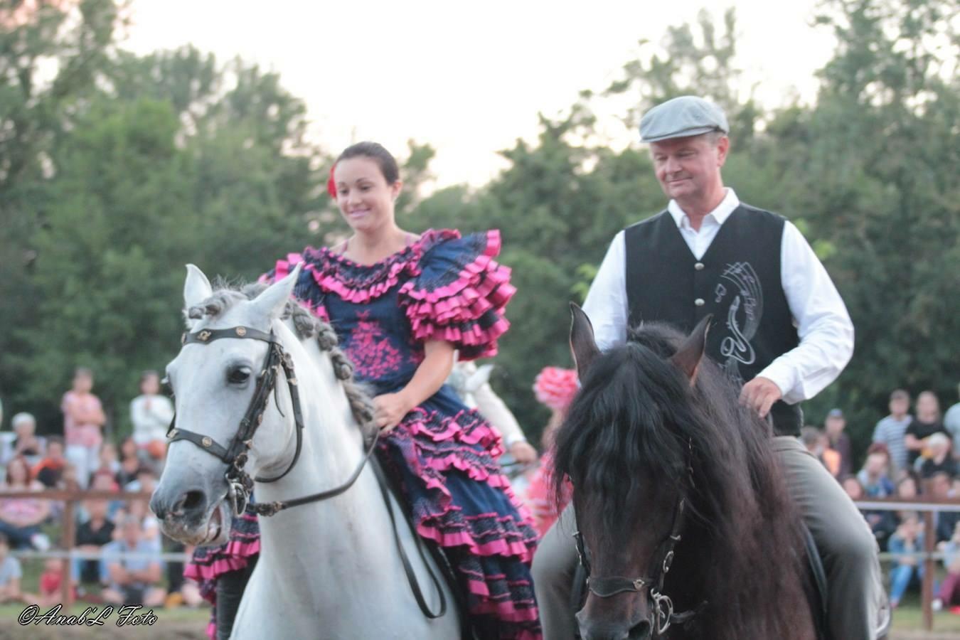 2 Cavalier à cheval