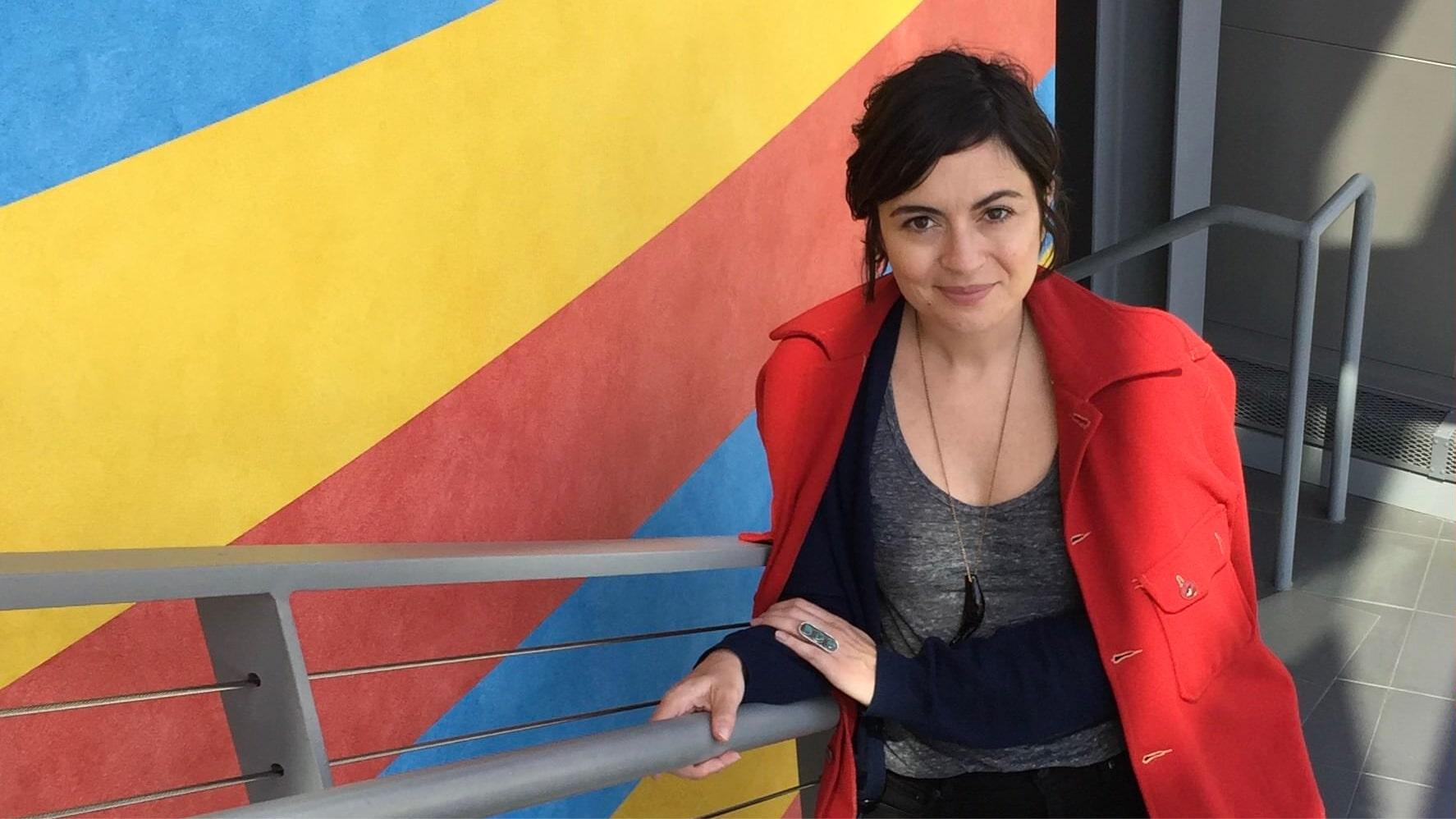 Sarah Braunstein on colorful background