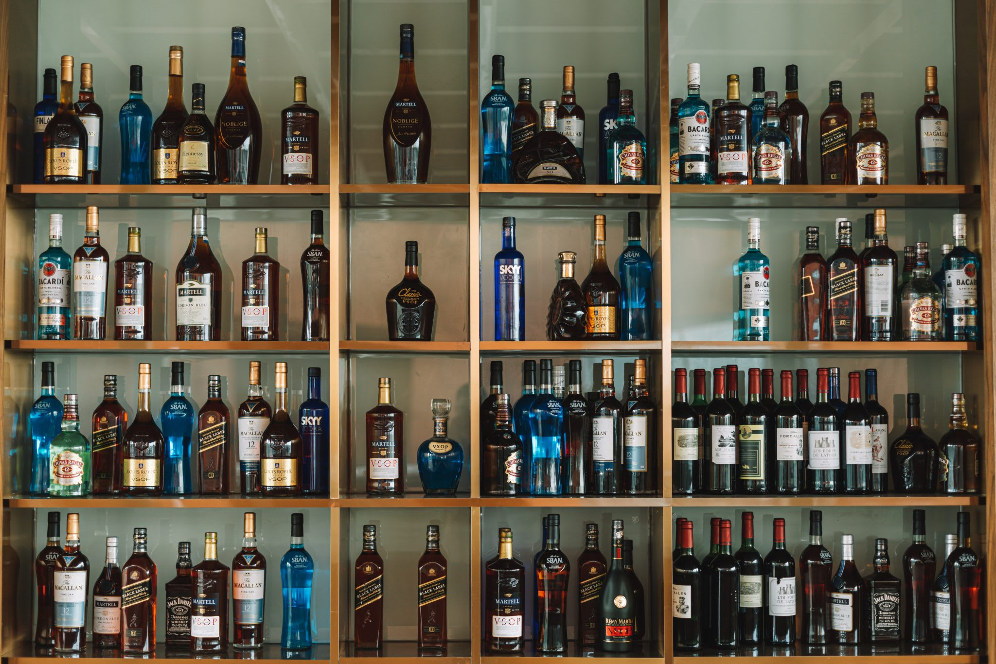 liquor, shelf, bar, how to measure liquor bottles for inventory