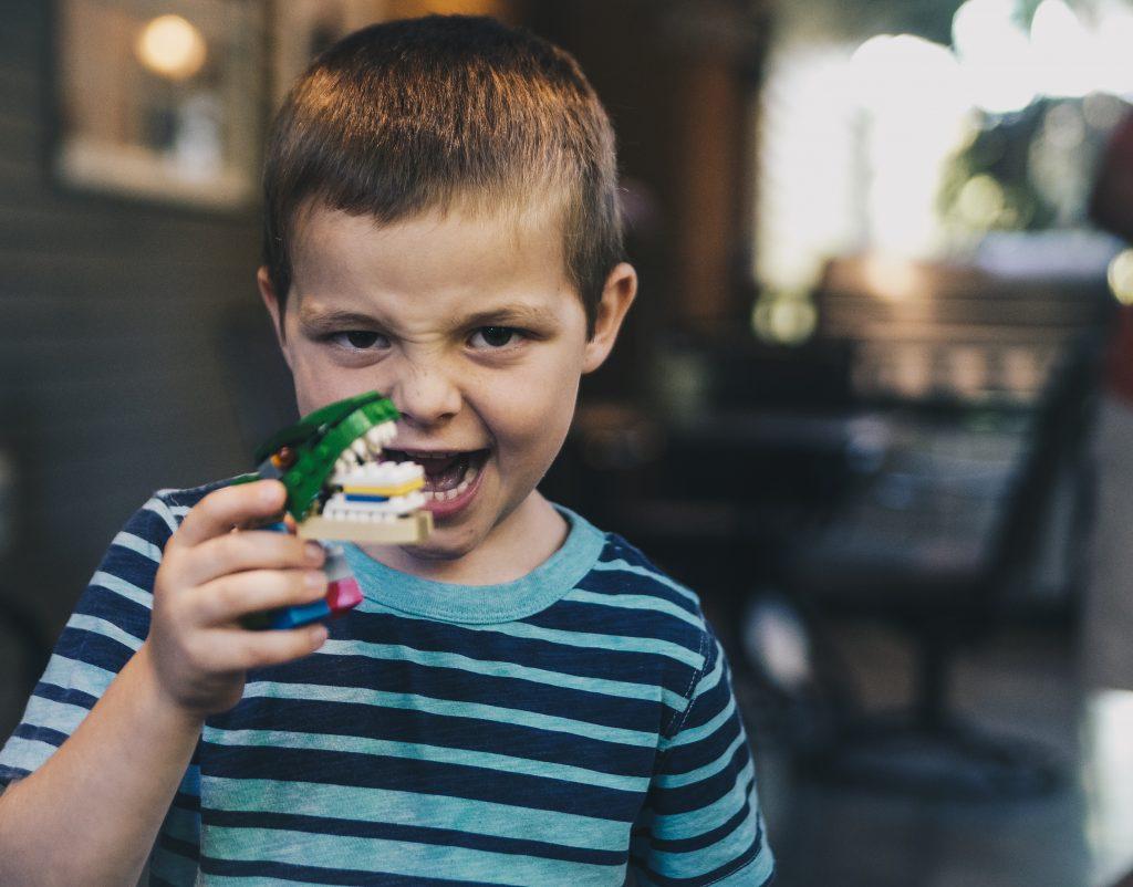 Como ensinar técnicas de relacionamento interpessoal para seu filho?