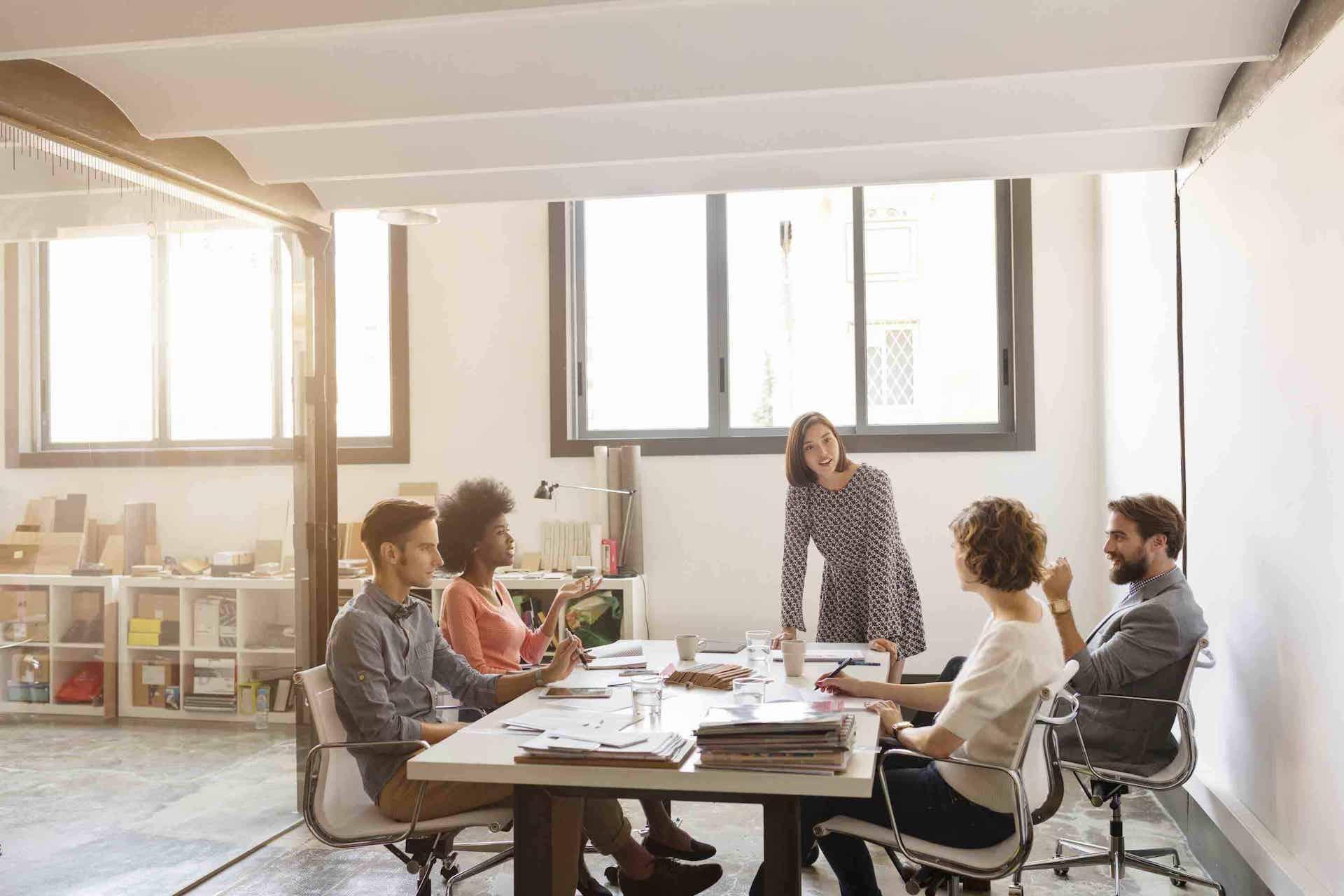 Conheça 3 benefícios do trabalho em grupo para a organização