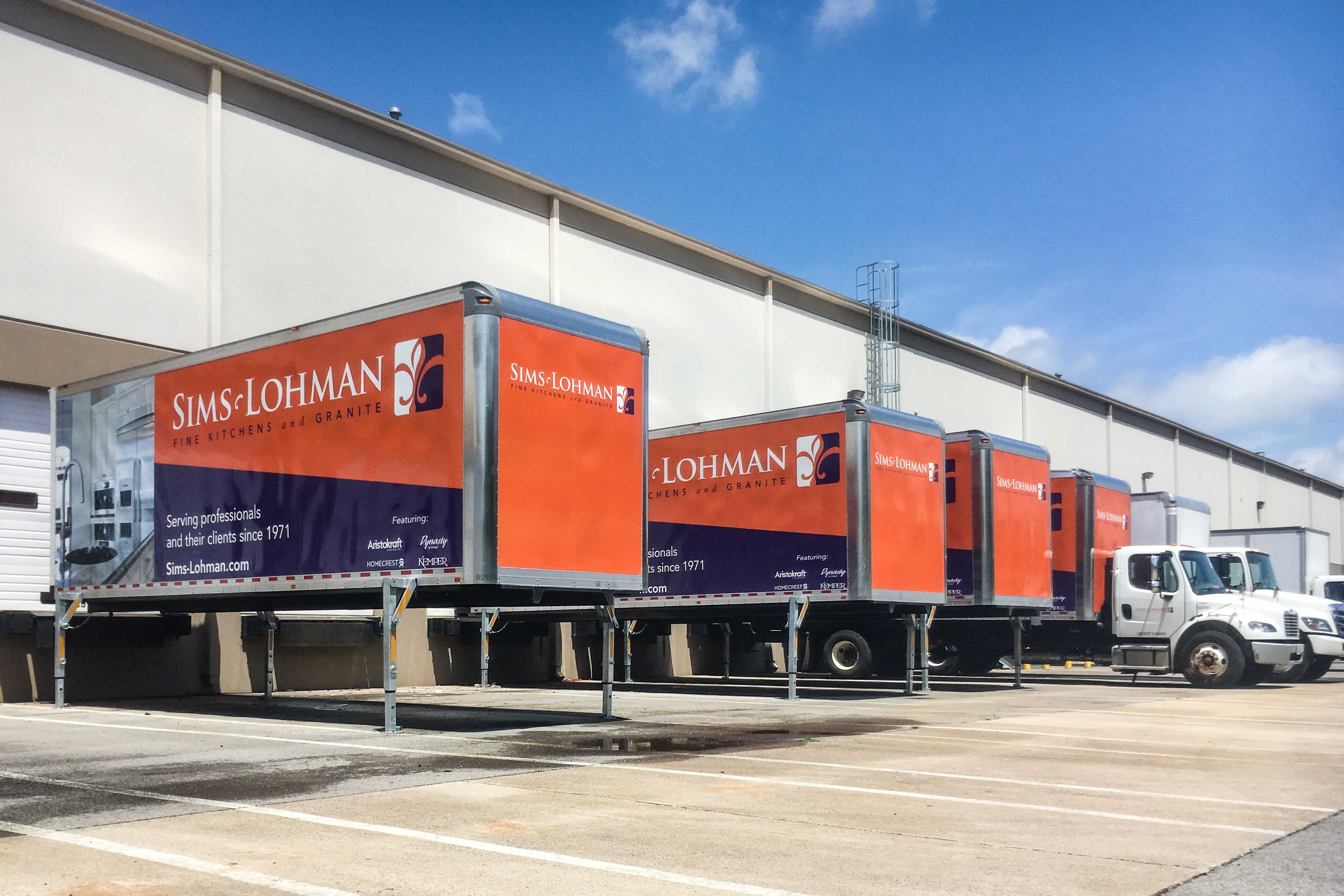 Swap Body containers at a loading dock
