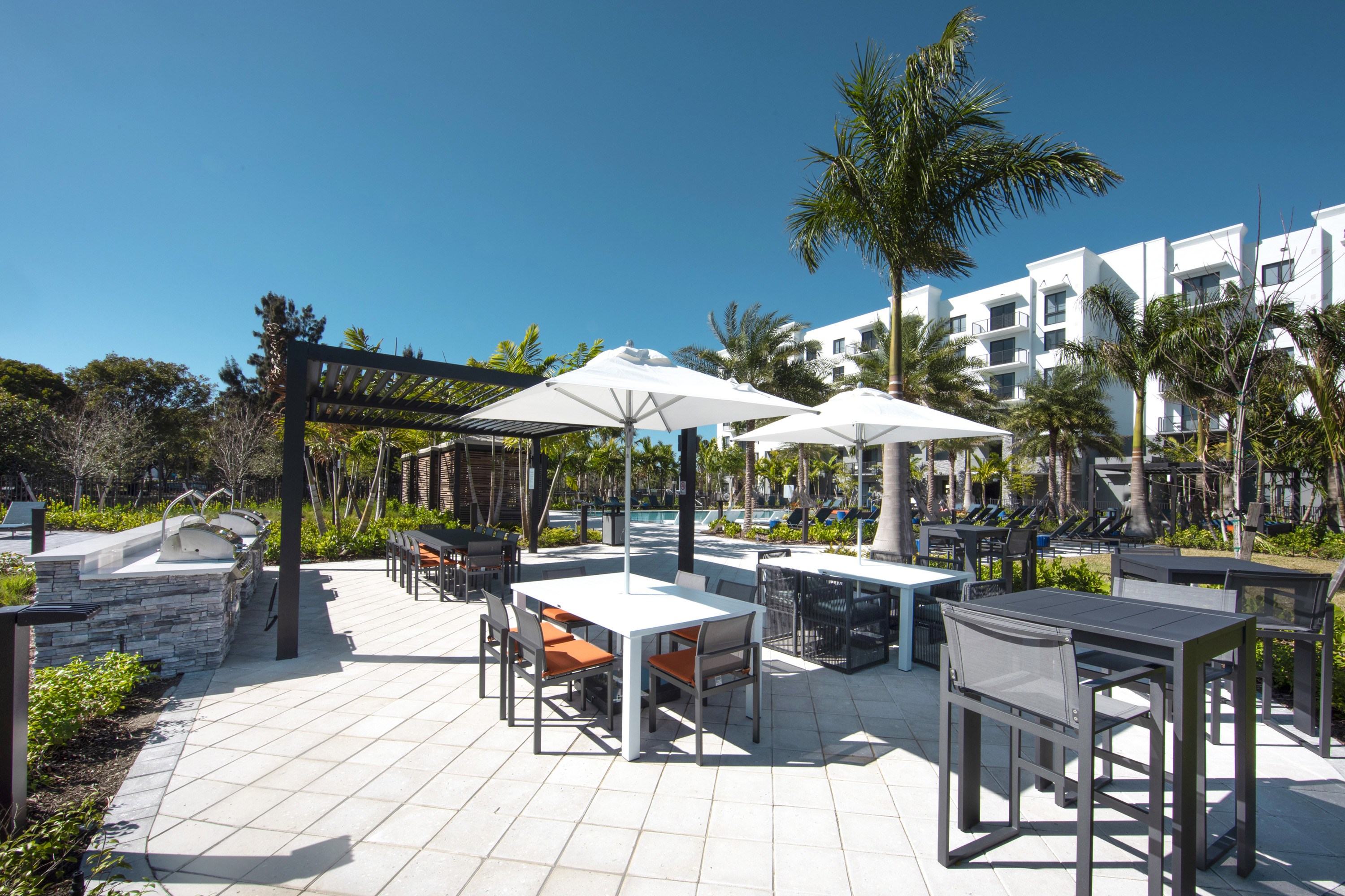 dining grill area outdoor sanctuary doral