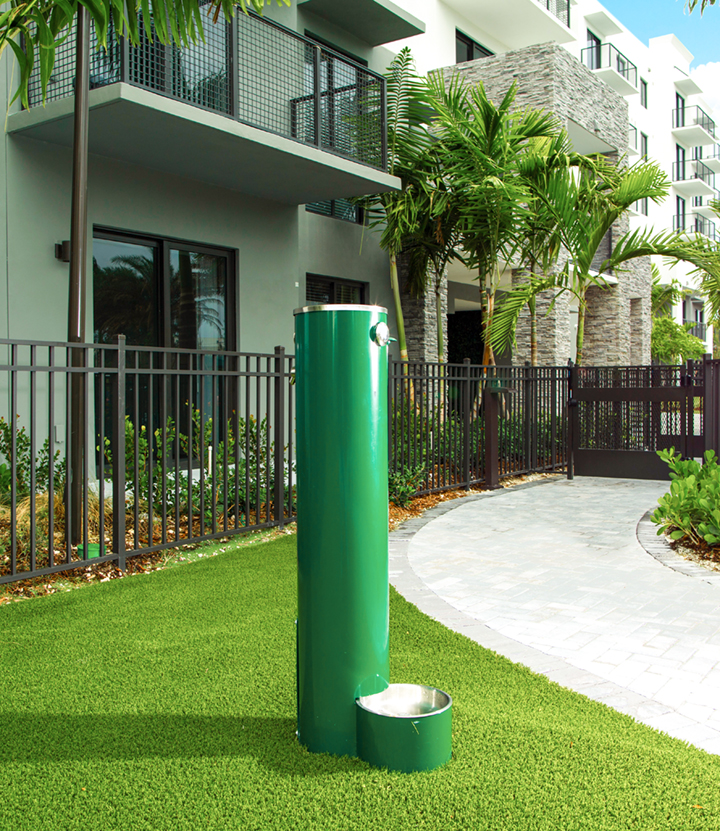 Green Pet fountain