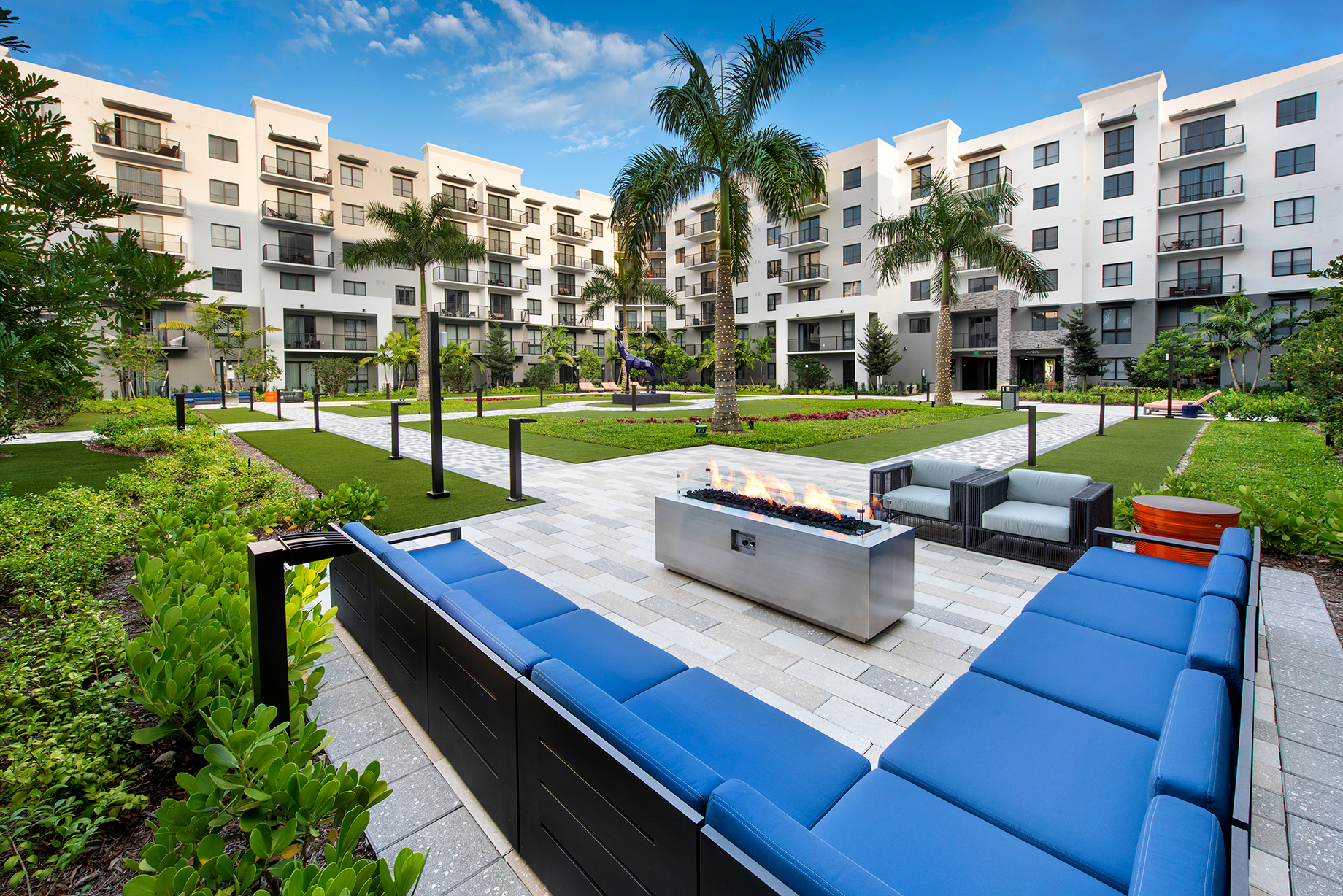 Courtyard Lounge area at Sanctuary Doral