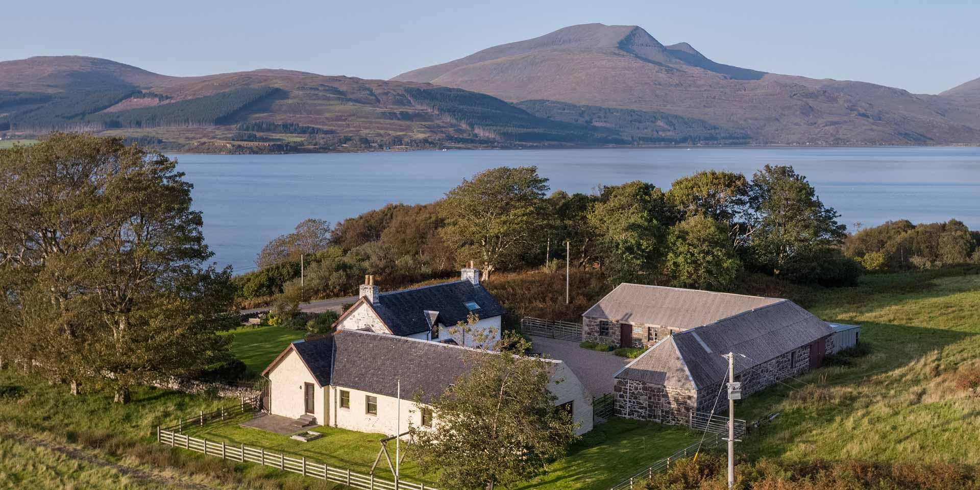 Killunaig self catering farmhouse at Pennyghael Estate on the Isle of Mull