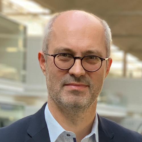 professeur Vincent Fraitot d'HEC Paris