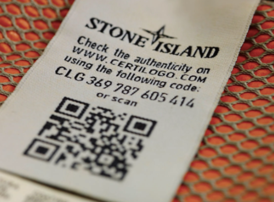 stone island clothing tag with qr code