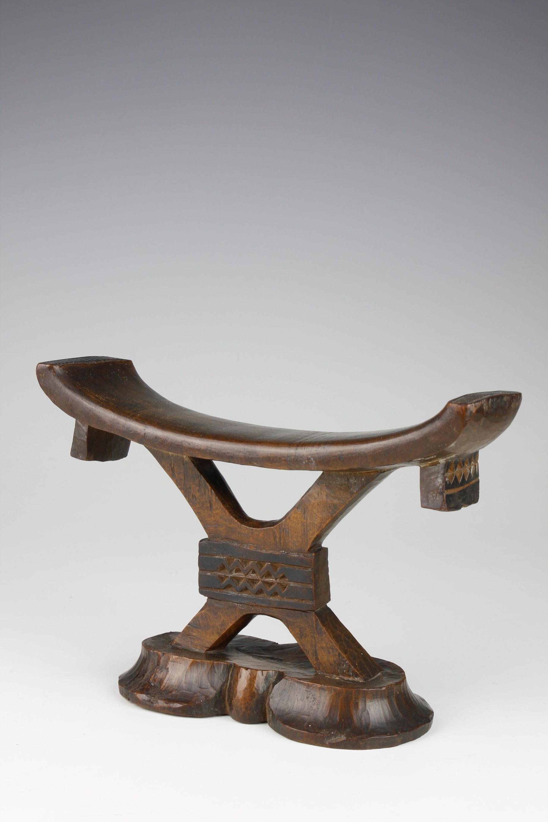 Tsonga Headrest
