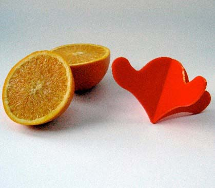 Objectify Citrus Juicer
