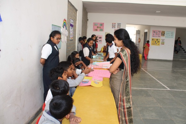 students at a science stall