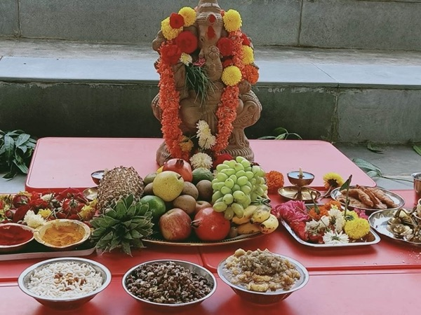 Pooja Idol