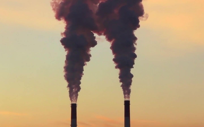 Studiu nou Harvard: 1 din 5 decese premature din lume este cauzat de arderea combustibililor fosili