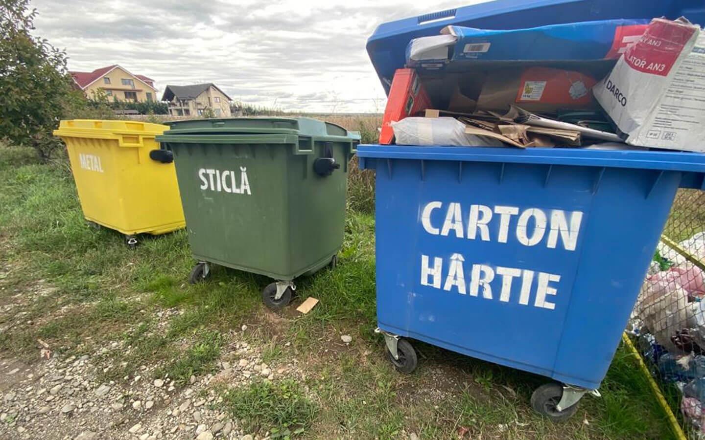 De ce nu reciclează românii? Nu au coșuri speciale la locul de muncă sau pubelele sunt fie prea departe de casă, fie pline ochi