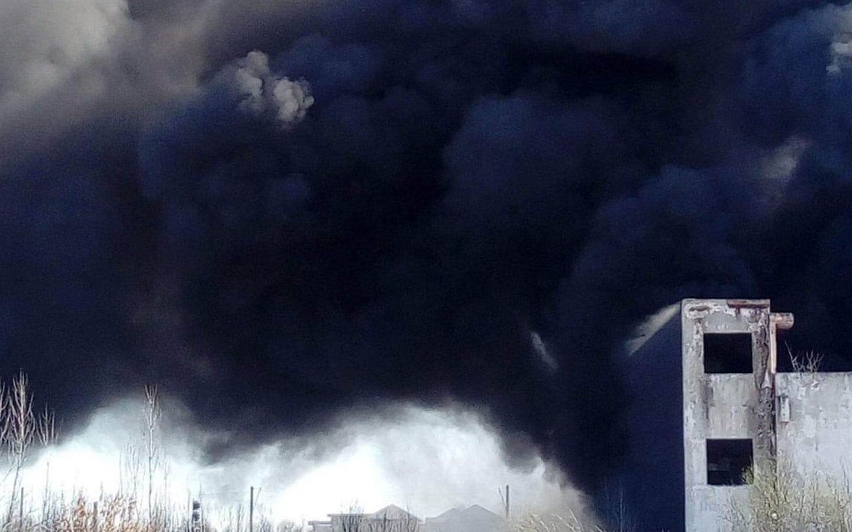 Ce puteți face dacă vedeți arderi de deșeuri? Un ghid complet a fost realizat de Greenpeace România și Zero Waste
