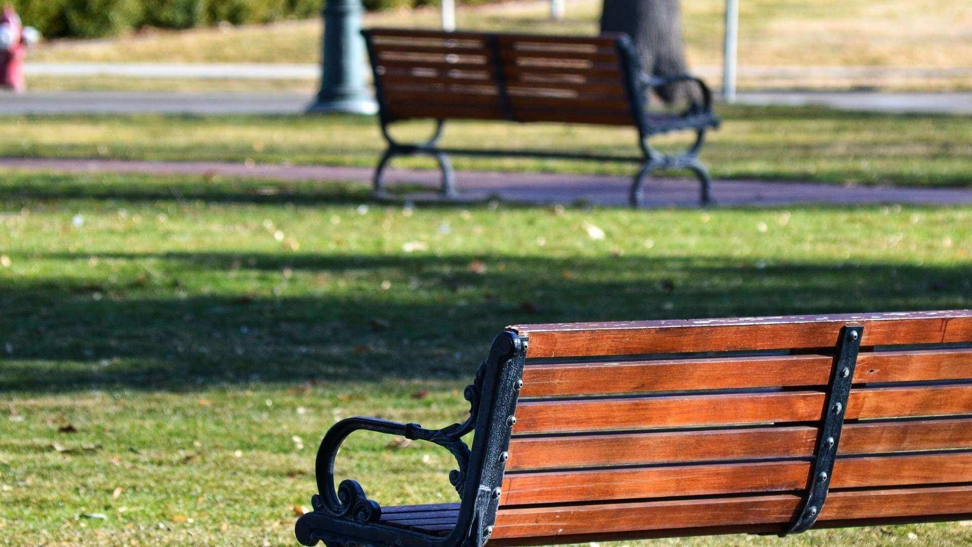 Parc(ă) ne place ideea – Atena combate poluarea cu mini parcuri