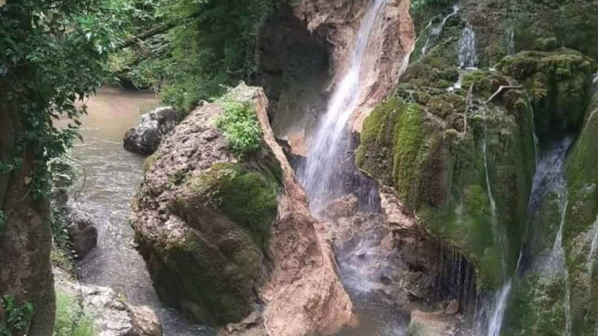 """VIDEO. Cascada Bigăr s-a prăbușit. Monumentul natural a fost considerat """"cea mai frumoasă cascadă din lume"""""""