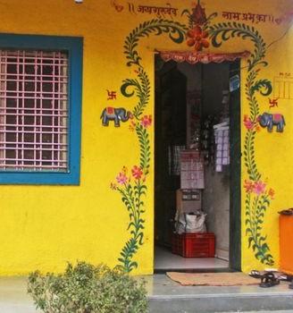 door in india with no lock