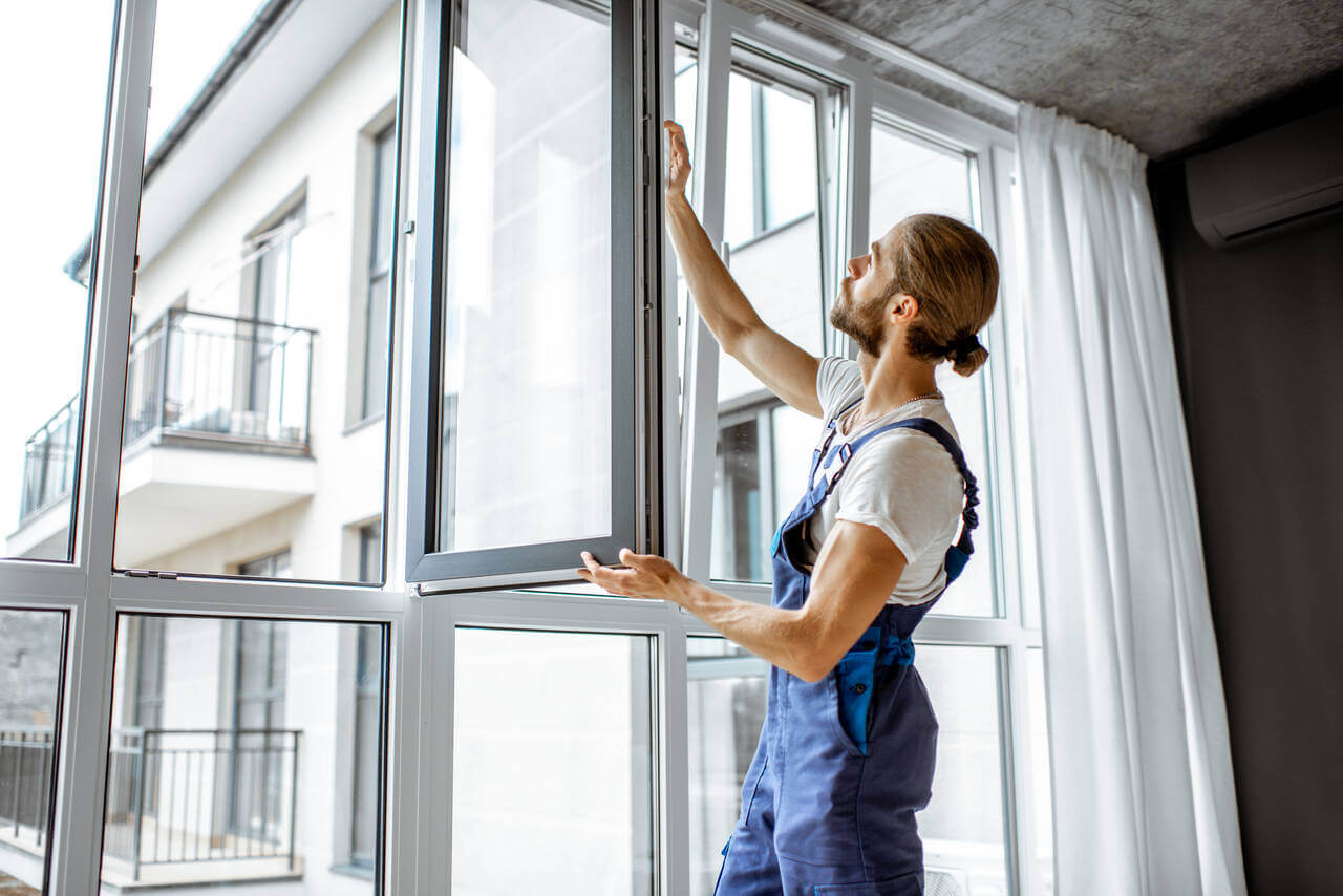 5 Signs It's Time to Replace the Windows in Your Home