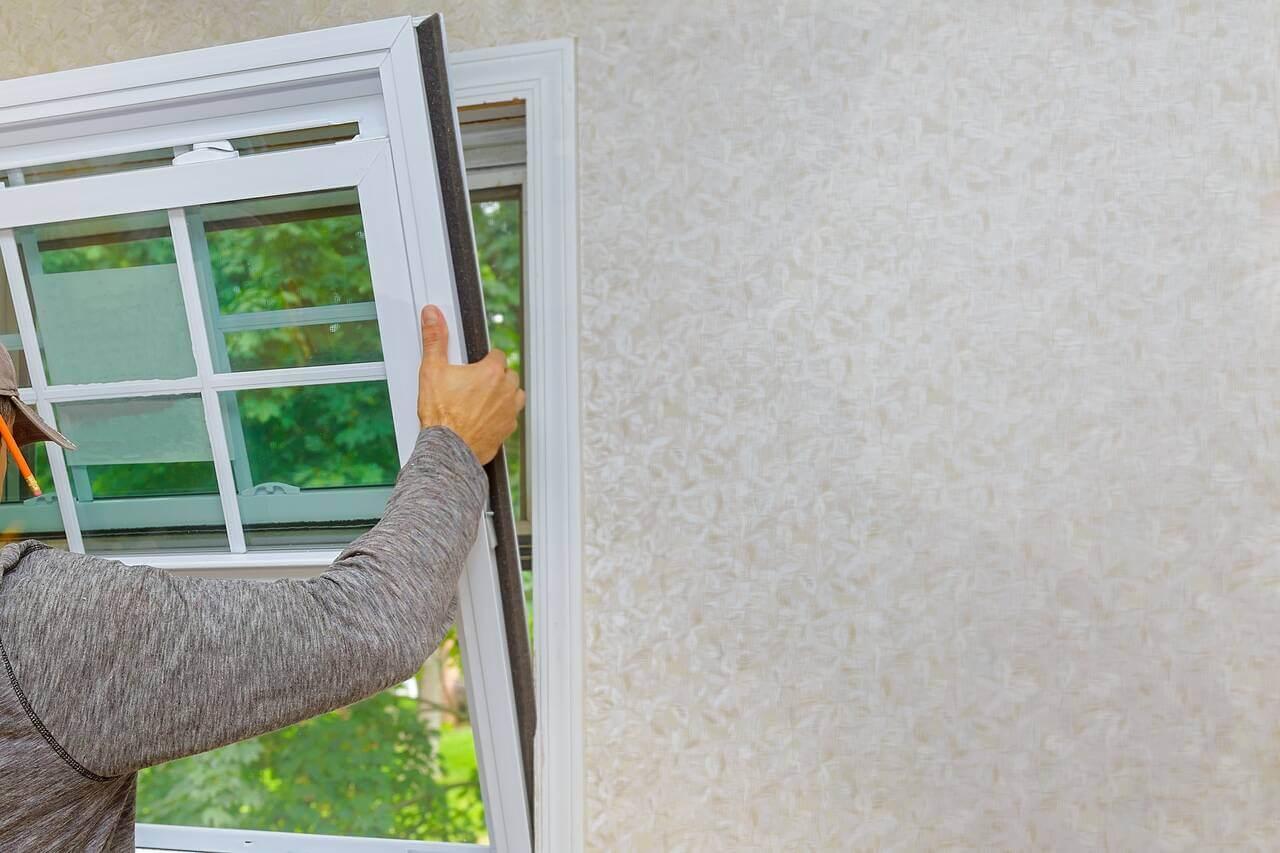 window contractor installing new windows