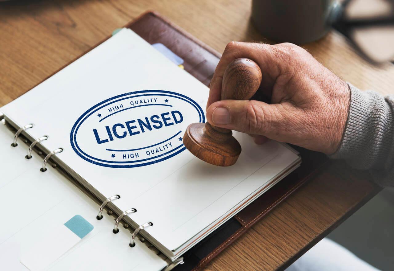 verify window contractor license