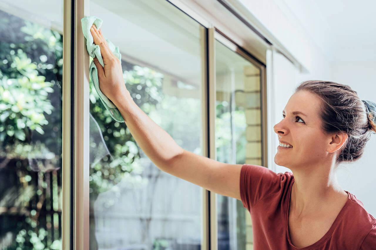 How to Clean Fiberglass Windows