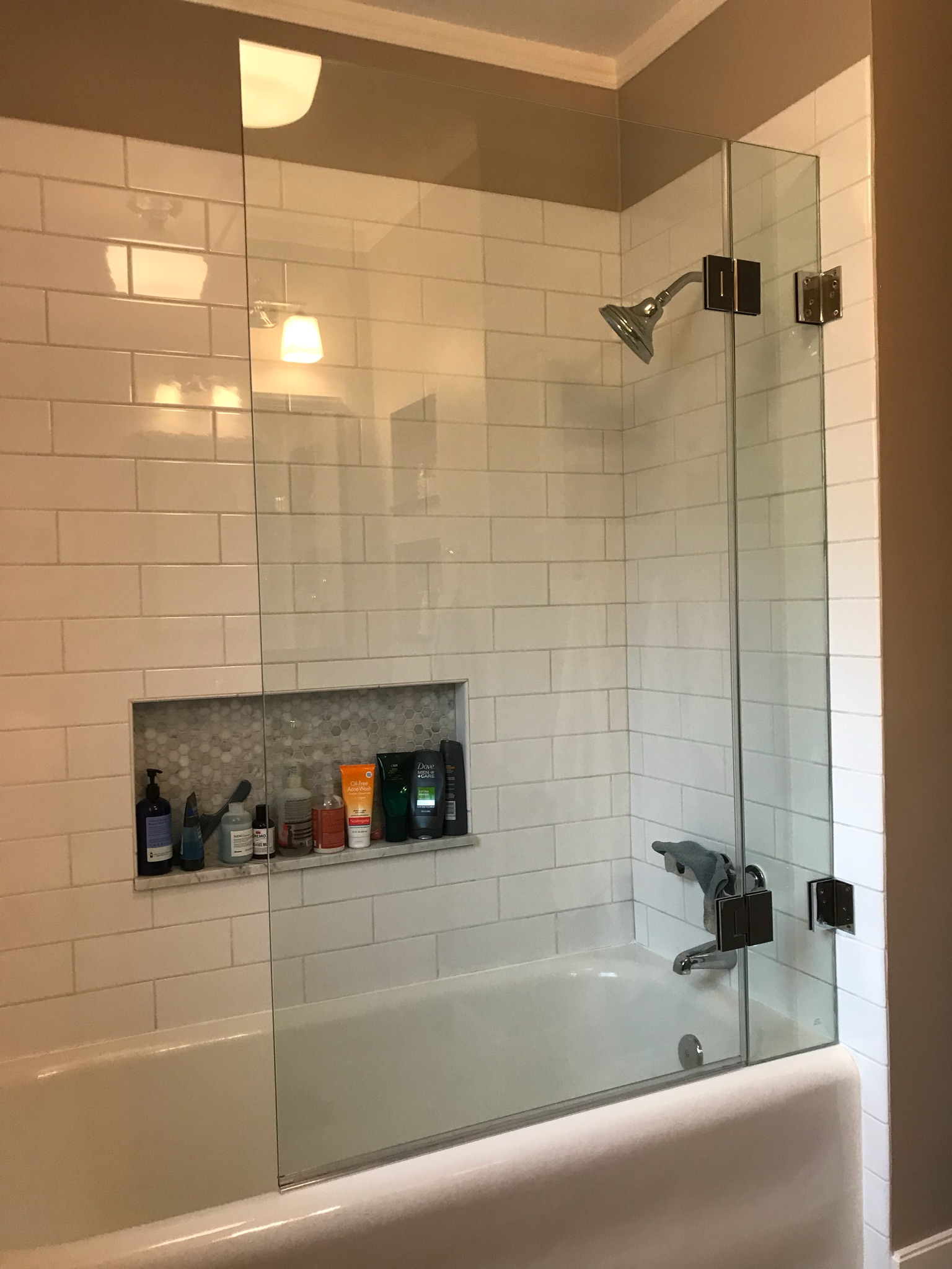 Tub & Shower Screen