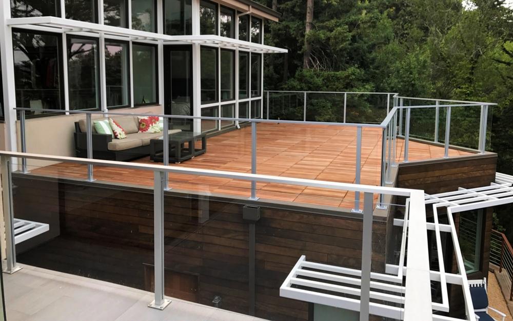 Glass Deck Post Railing