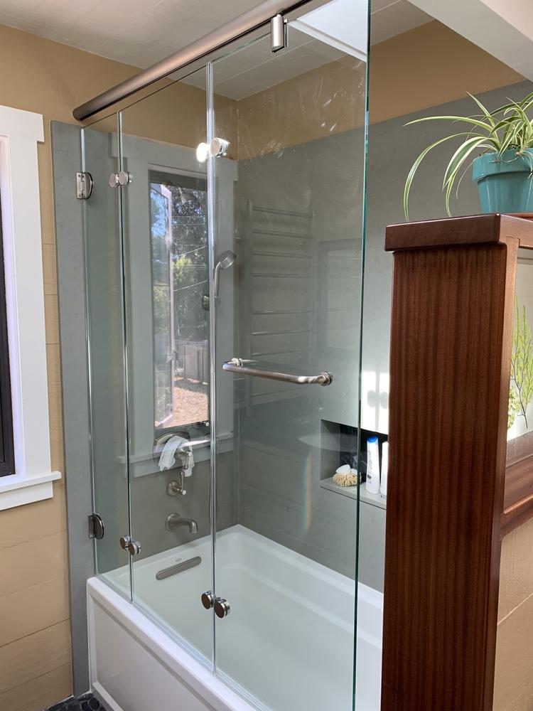 Tri-fold Folding Shower Door
