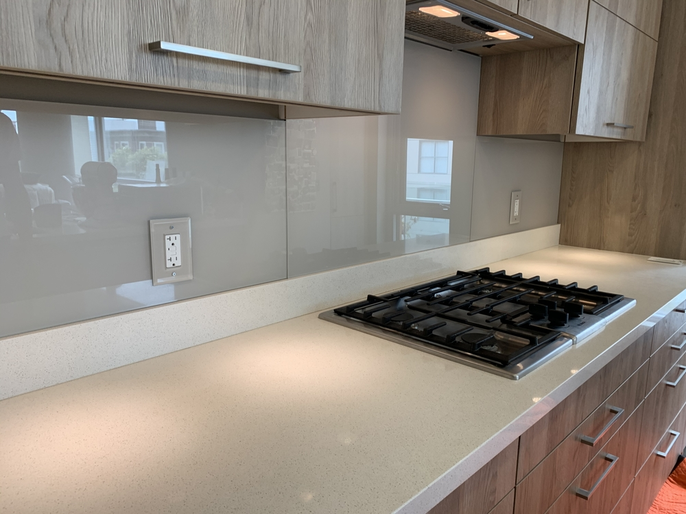 Back-painted Glass Backsplash