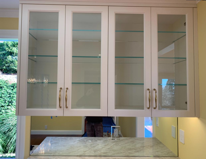 Starphire Glass Shelves Cabinet Glass and Mirror Backsplash