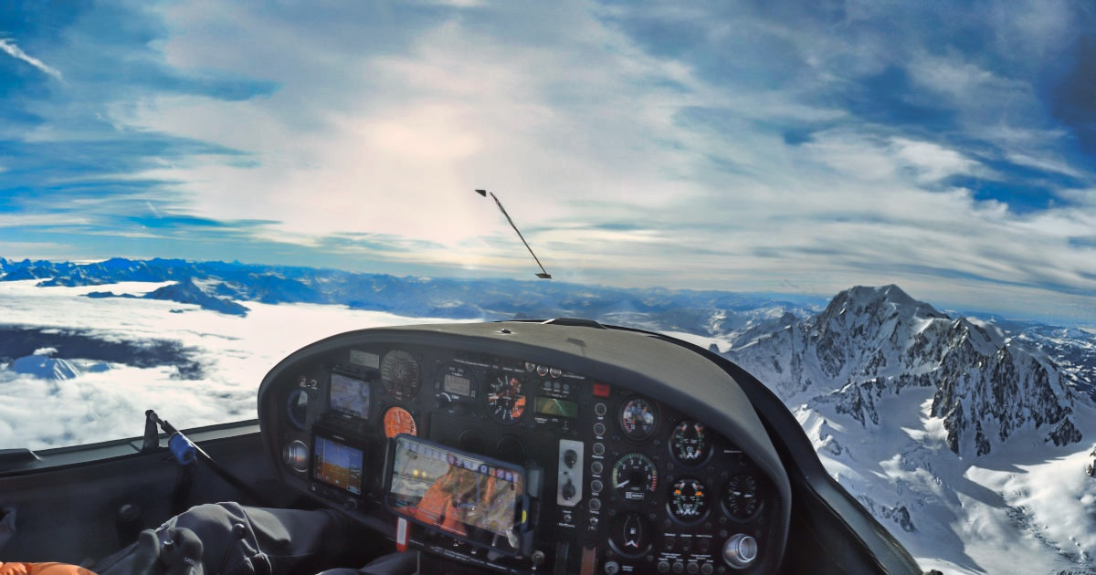 Approaching Mont-Blanc in a S10