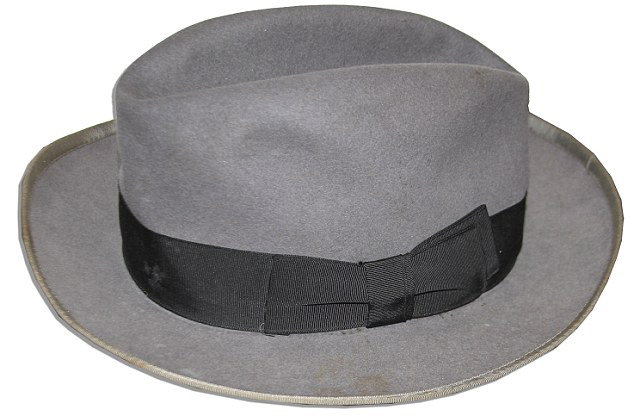 First silk top hat is made in 1775