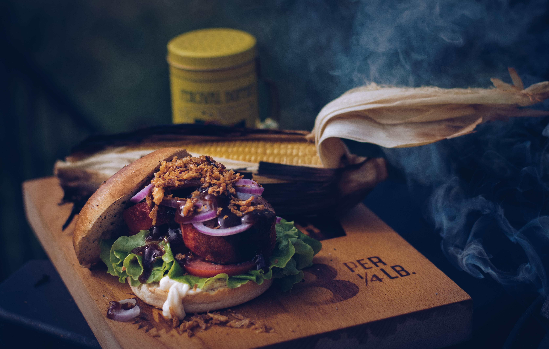 Hickory smoked burger – Vetlanda style