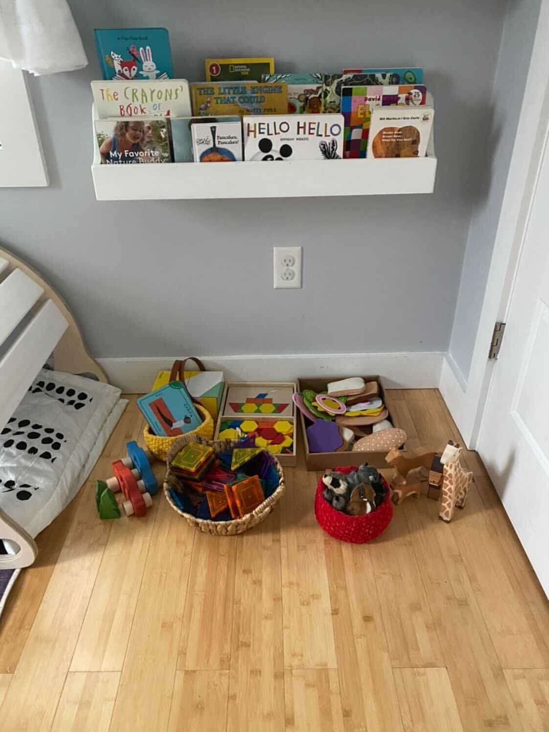 Montessori Toy Rotation
