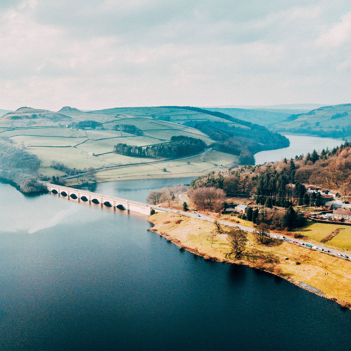 view of the Ladybower & Derwent reservoirs