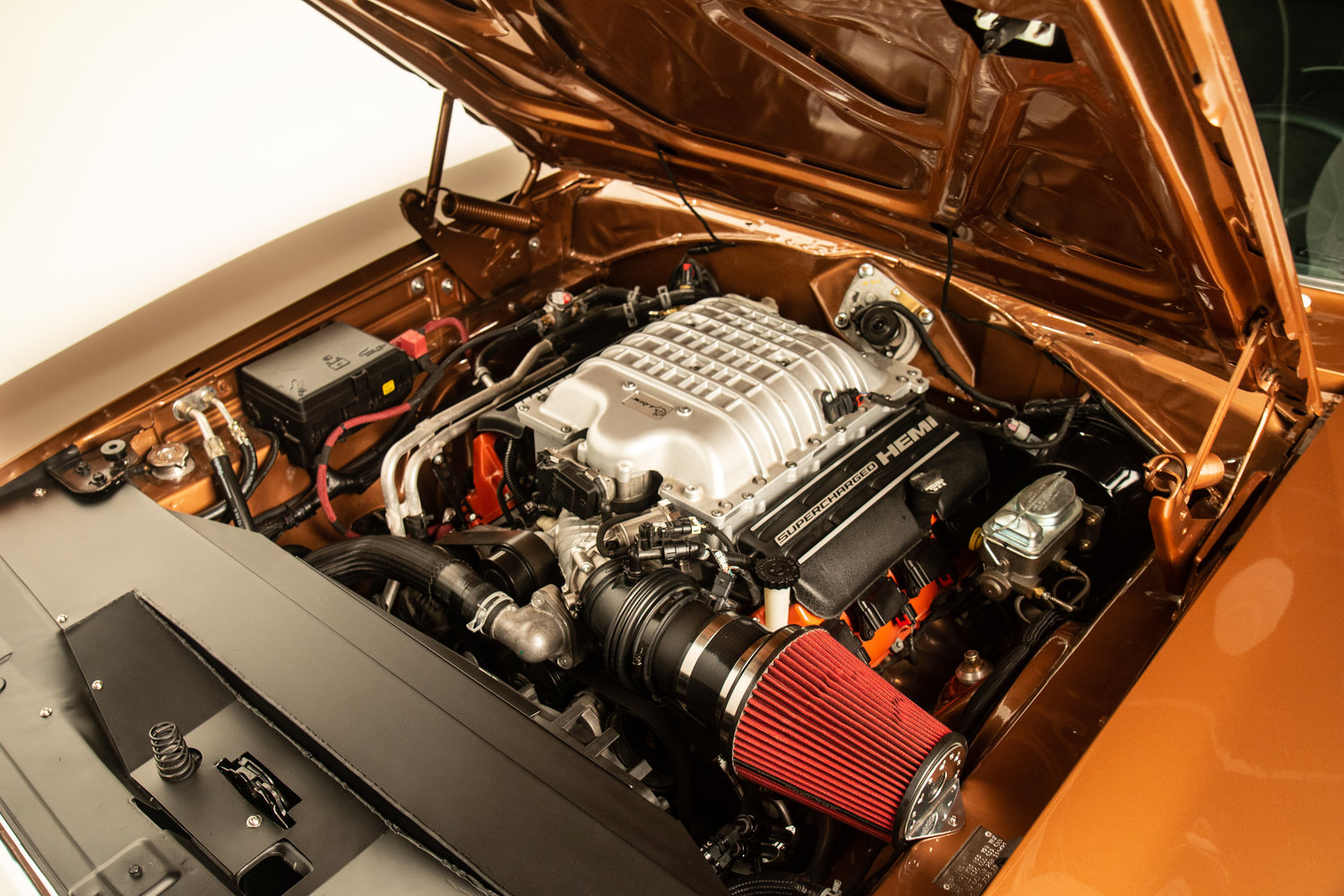 engine-bay-1969-hellcat-swap